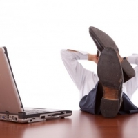 3 Practical Internet Based Business Ideas for Lazy People