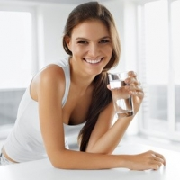 5 Tips to Help You Drink More Water Everyday