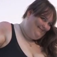 800 Pound Bride Prepares for Her Marriage And Strives for A Record
