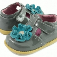 A Few Tips For Buying Livie And Luca Footwear Online