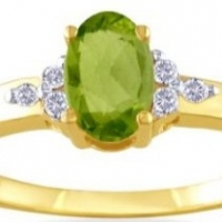 August Birthstone Mother\'s Ring  -   -  Before You Buy