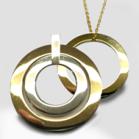 Buy Gold Jewellery for Your Loved One on Special Occasion