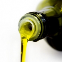 Does Olive Oil Help Acne Scars?
