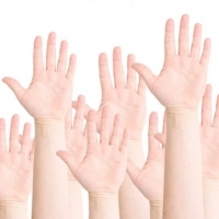 Four Ways Small Businesses Can Benefit From Crowdsourcing