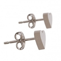 Get Fashionable Stud Earrings for Women