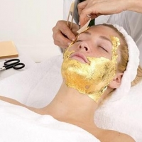 Getting A 24k Gold Spa Mask