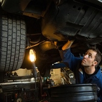 How to Find the Best Work Light for Mechanic