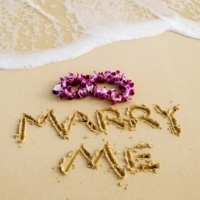 How To Get Your Boyfriend To Propose  -  Who To Trust