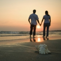 How To Survive An Affair  -  The Mistrust Issue