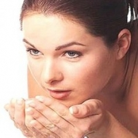 How to Treat Acne Scars at Home