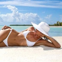 Is A Home Tanning Bed Right for You?