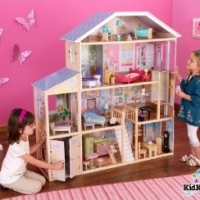 Is This The Best Doll House In The World?