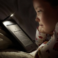 Kindle Touch Cover With Light Brings Reading Delight