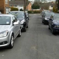 Meeting And Passing Vehicles on Narrow Lanes In Nottingham
