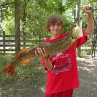 The One That Did Not Get Away! Fishing Northern Pike!