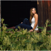 Tips to Dress to Impress For Your High School Senior Photo