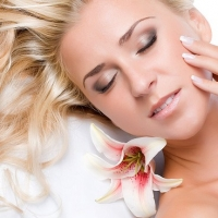 Top Anti  -  Aging Tips To Look Young & Radiant